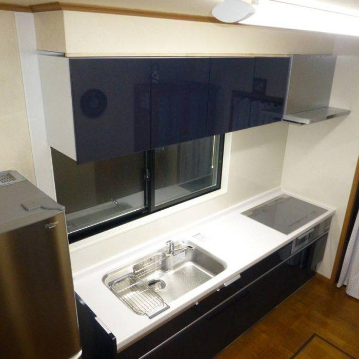 YM様邸 システムキッチン+カップボード ラクシーナ