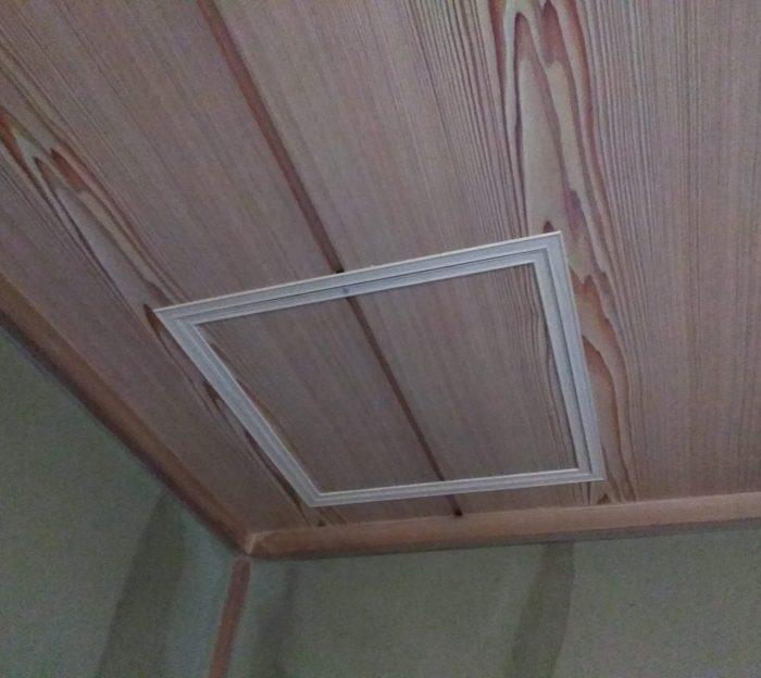 和室天井の点検口作成